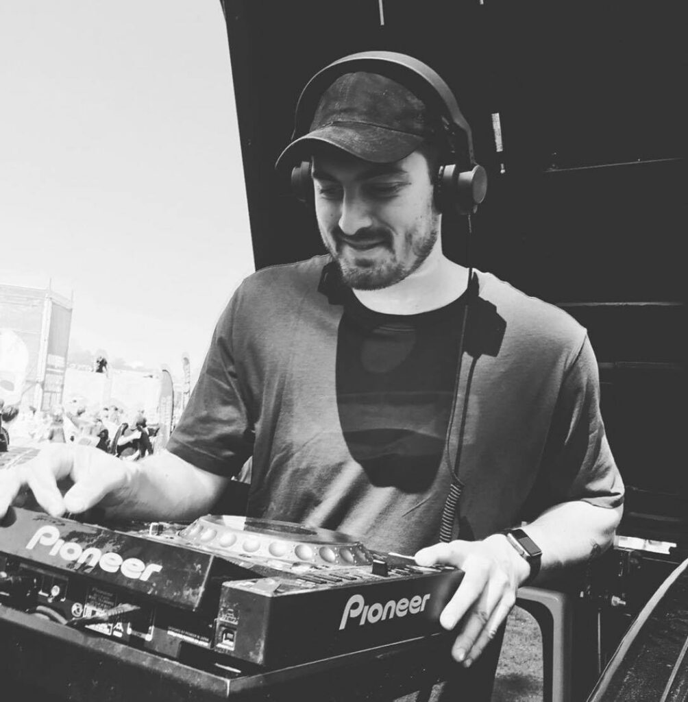 DJ Rousing