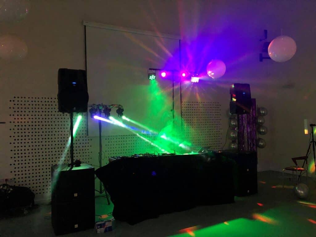 Lej DJ fødseldag